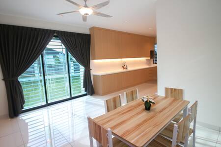 Live in Luxury at Mount Austin Johor Bahru