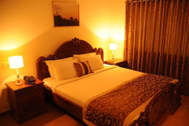 Cozy 1BH in Guindy ~ Deluxe King Bedroom 5 of 6