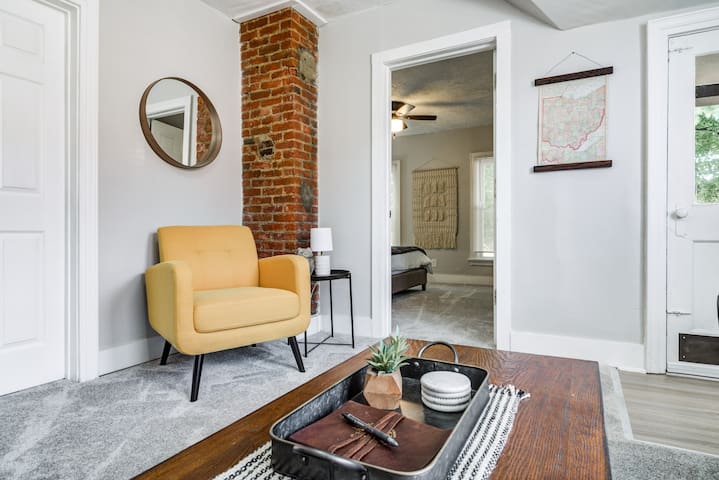 Ohio City Getaway | Renovated, Clean, Cen. Located