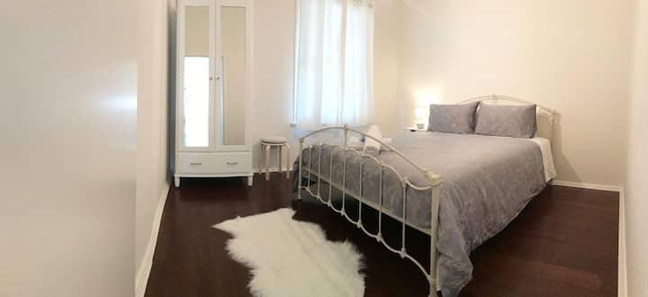 Vetiver Cottage - Stylish Boutique Accommodation