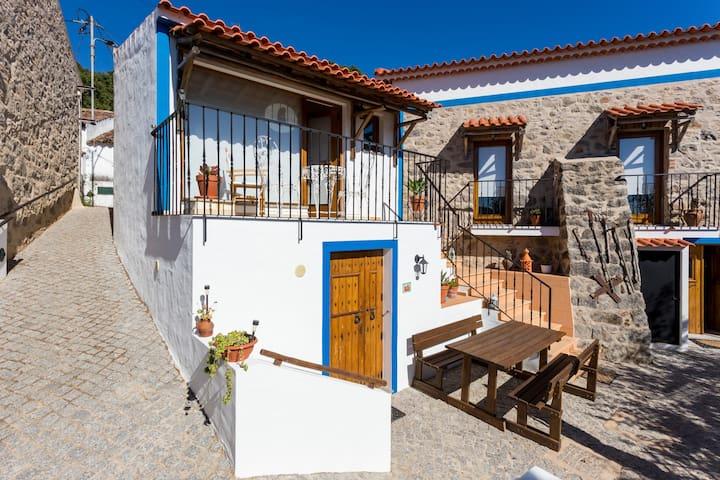 Horta do Zé Miguel (Quartos Privados) - Corrego do Vale - Huis