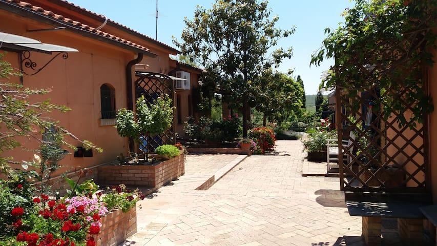Villa con piscina in Puglia SCONTI A MAGGIO - Foggia - Villa