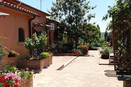 Villa con piscina in Puglia - Foggia