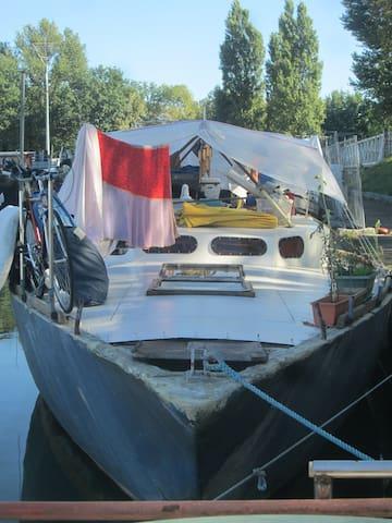 cabine lit double - Ramonville-Saint-Agne - Båt