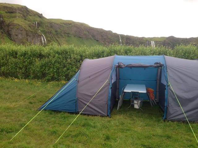 A Night By the Magnificent Seljalandsfoss for 5 pers! Tent 5