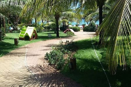 Excelente Village na Beira da praia! - Camaçari