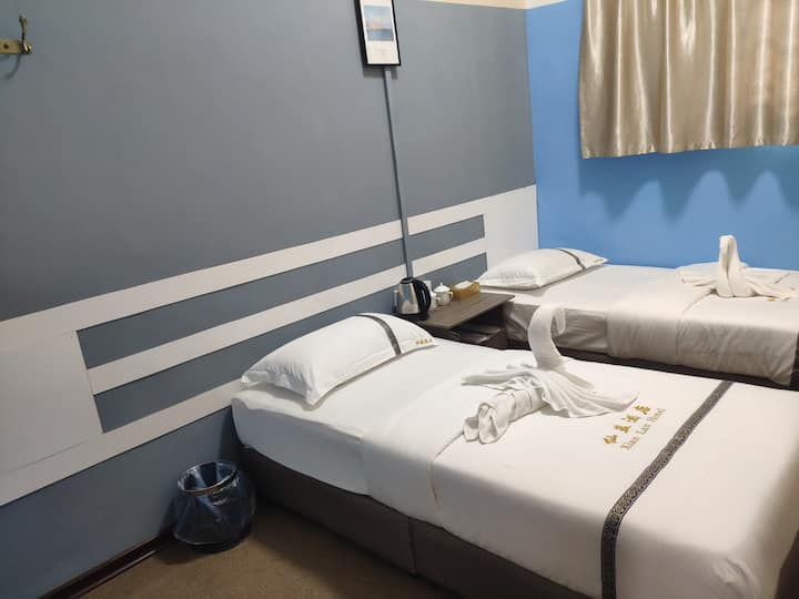 仙蓝酒店xianlan 标准双人房 独立浴室 包含早餐 中国人房东 位于仙本那镇上 可安排接机一日游
