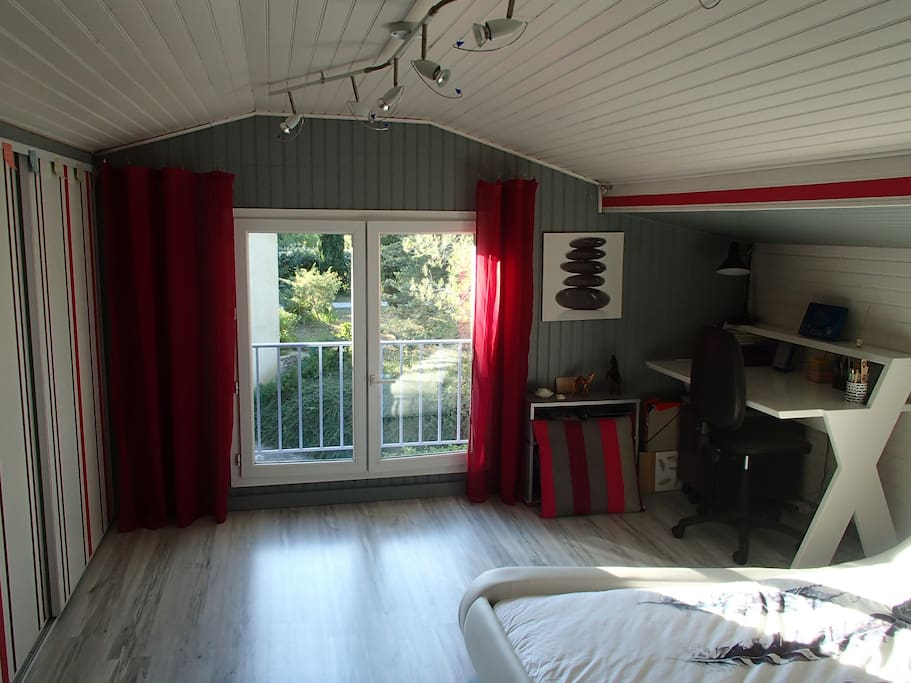 Chambre très lumineuse
