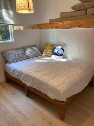2e chambre avec lit double