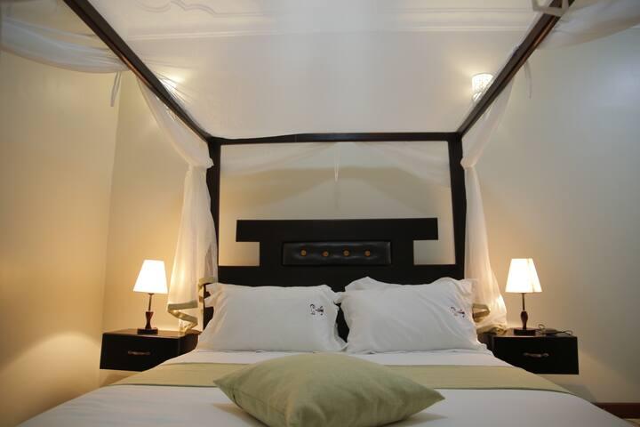 Crystal Apartments and hotel Entebbe, Uganda