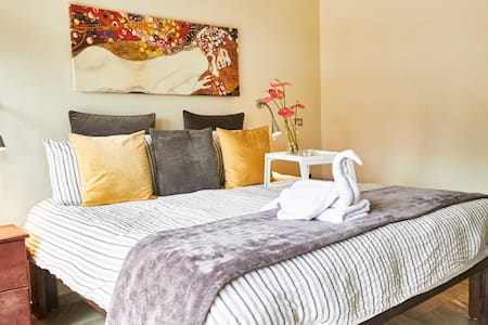 King Room w/Spa-Inspired Bath - Jarabacoa