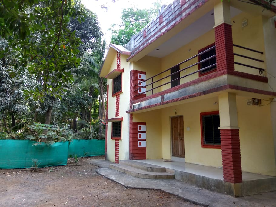6 BHK Beautiful Bangalow