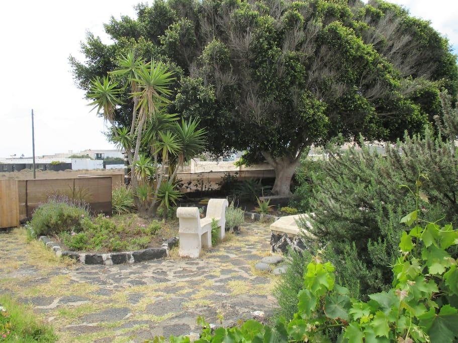Habitacion privada en casa rural con encanto casas en for Casa rural el jardin de san bartolome