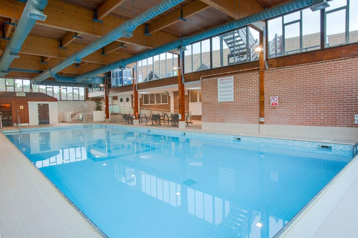 Lovely Studio Apartment Along Norfolk Coastline | Relax in the Shared Pool