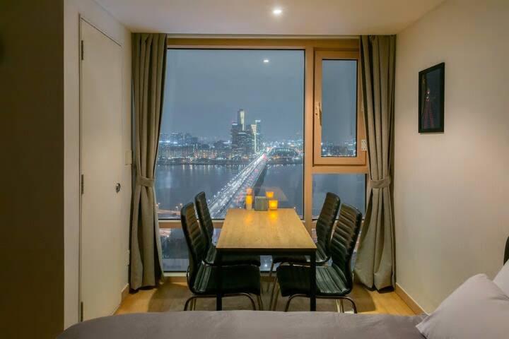 Ju's house#3. The Hangang river vie