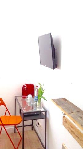 Einzelzimmer mit Dusch/WC , TV, Wi-Fi, Parkplatz