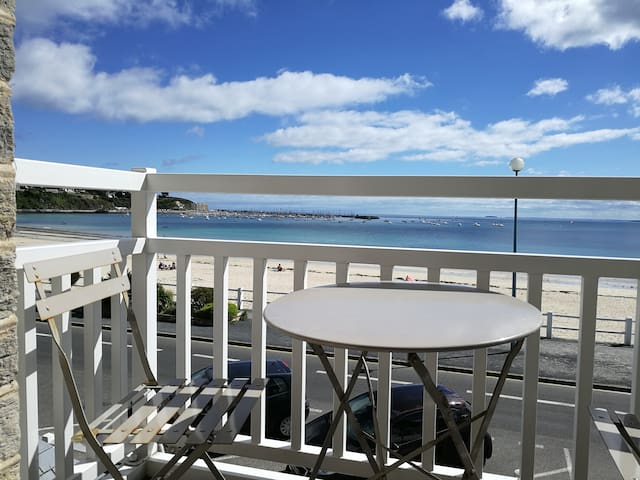 Chambre avec balcon vue sur mer & sdb privée