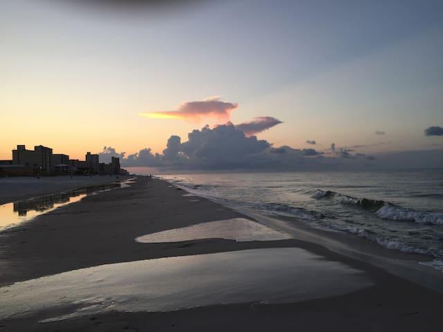 Sands #117 Best Location West Beach
