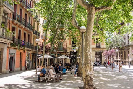 Double  room with terrace in the heart of Gracia - Barcelona - Apartment