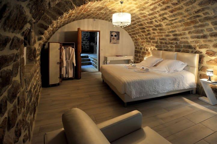 Belle chambre, jaguzzi, sauna. - Sanilhac - Guesthouse