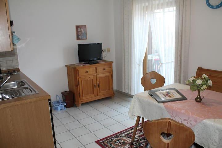 """Appartementhaus """"Haflinger Hof"""" (Bad Füssing), Typ11 (37qm) für 2 Personen mit Balkon"""
