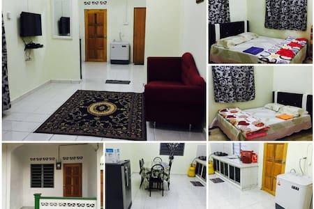 Sharifah Homestay - Masjid Tanah