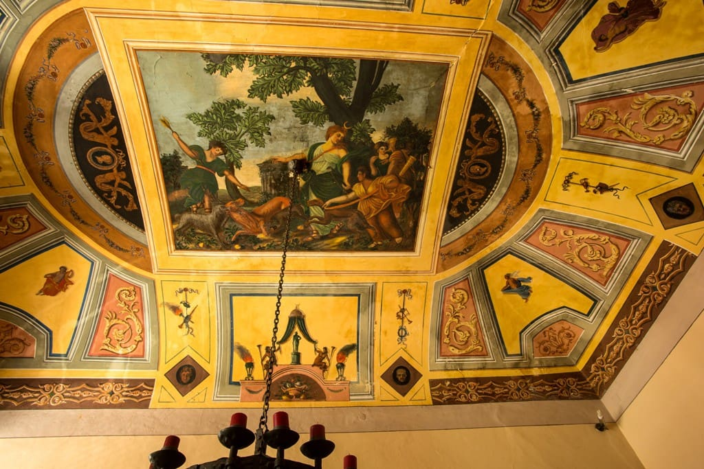 Fresken im Wohnzimmer