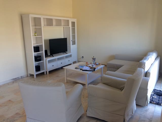 Very large apartment in Tricase