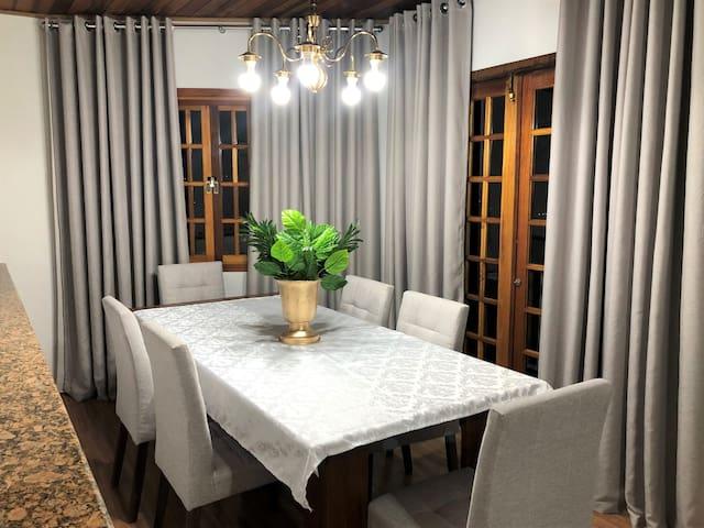 Linda casa Ótima oportunidade em Campos doJordão