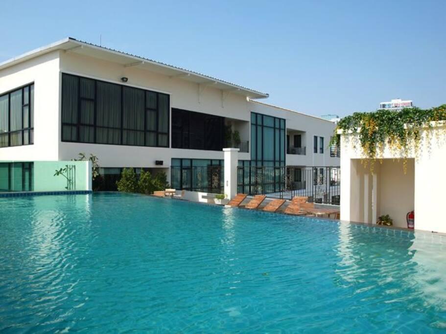 Swimming Pool 游泳池 需要额外付费