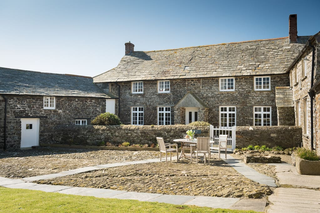 A 16 century farm house on the cliffs of North Cornwall