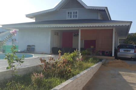 Villa Créole avec piscine - Cayenne - Villa