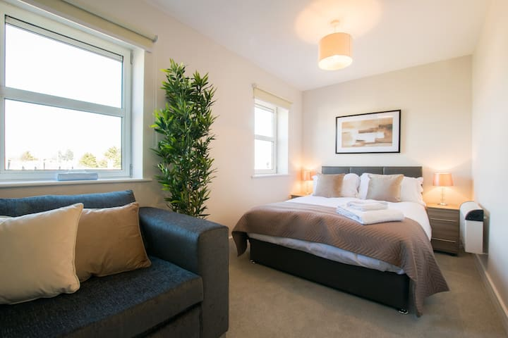 Private and Central One Bedroom Apartment