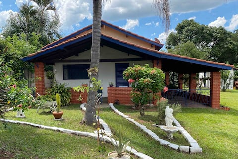 Casa de Campo Inteira no Interior - Araras SP