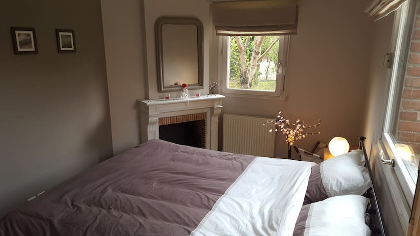Cosy Bedroom &nice Private Bathroom - Wambrechies