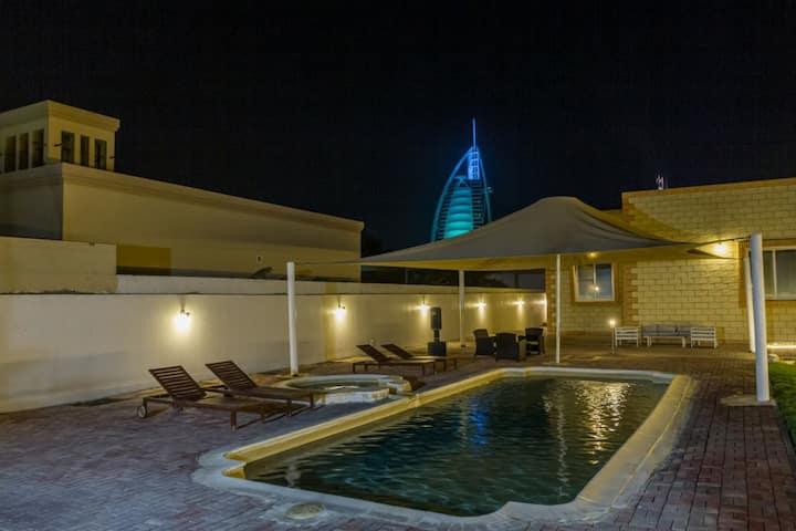 Arabic style villa in Dubai near to Palm Jumeirah