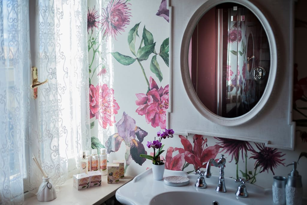 bagno privato Camera Peonia Rossa