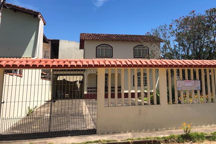 Casa em Piúma - 2 quartos - 8 hóspedes