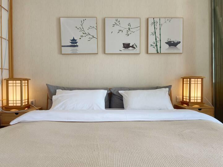 日式海景大床房,近机场、火车站,洱海湿地边,入住两晚免费接机