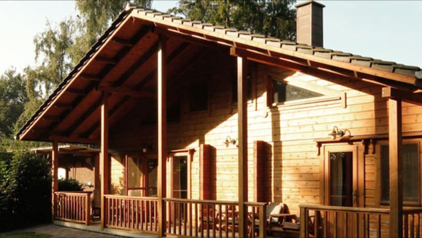 Urlaub im Blockhaus - Ochtrup - Hytte