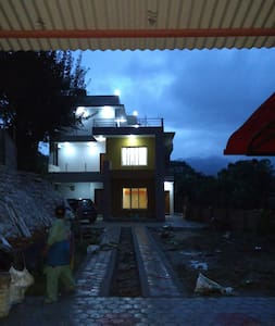 Sweethome with peace and cool environment. - Kathmandu