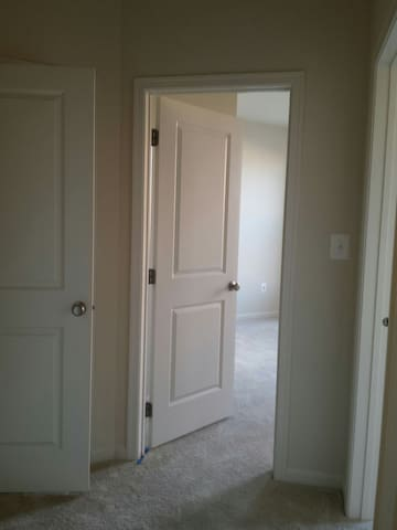Private Bedroom & Bath in Condo - Ashburn