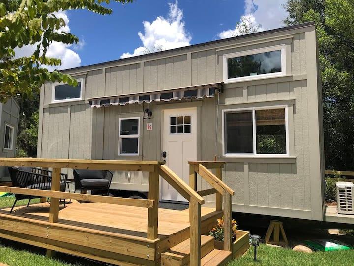 Unit 4 Homestead Tiny House Resort Williston