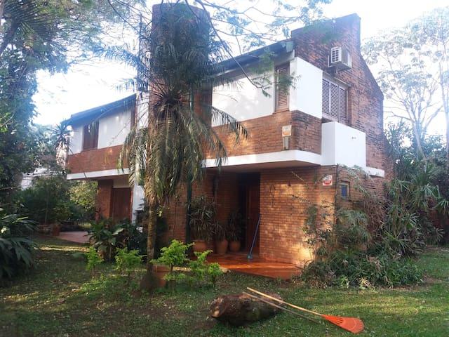 COTTAGE - Posadas - Huis