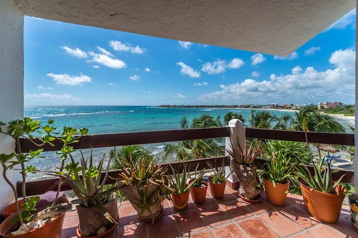 Caribbean View! 2 BR Beachfront condo w/pool