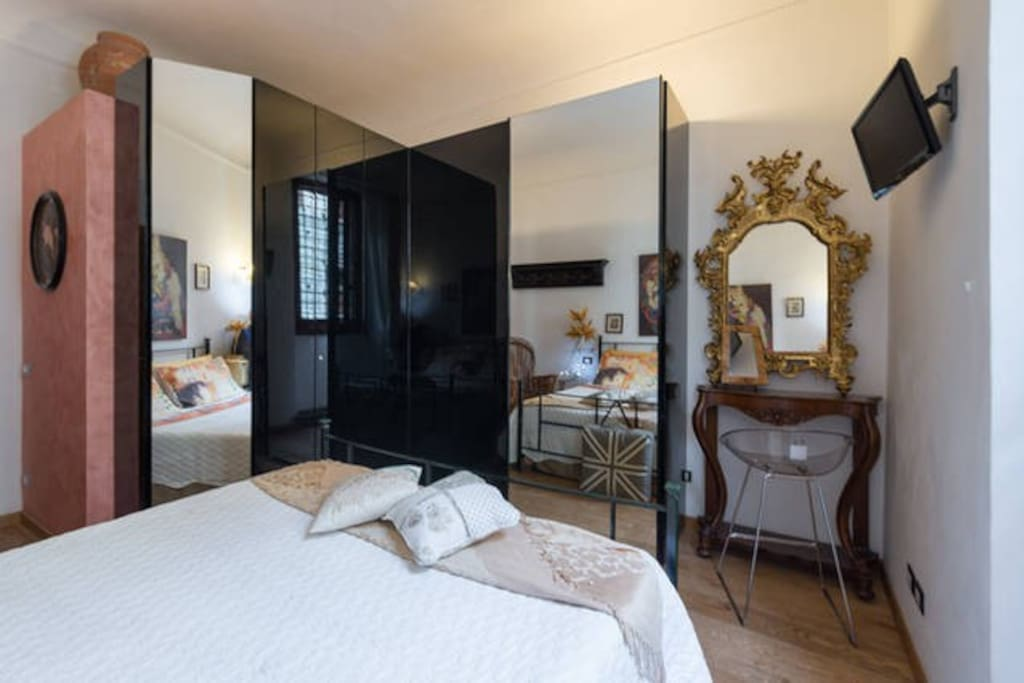 Pure gold in the private meister double  bedroom