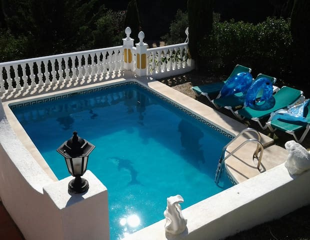 Special Apartment in Mijas Costa with Private Pool - Mijas - Flat