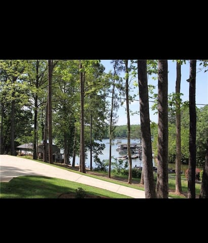 Lake Martin little gem!
