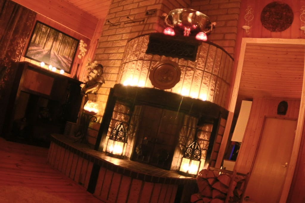 MainCottage's livingroom fireplace.