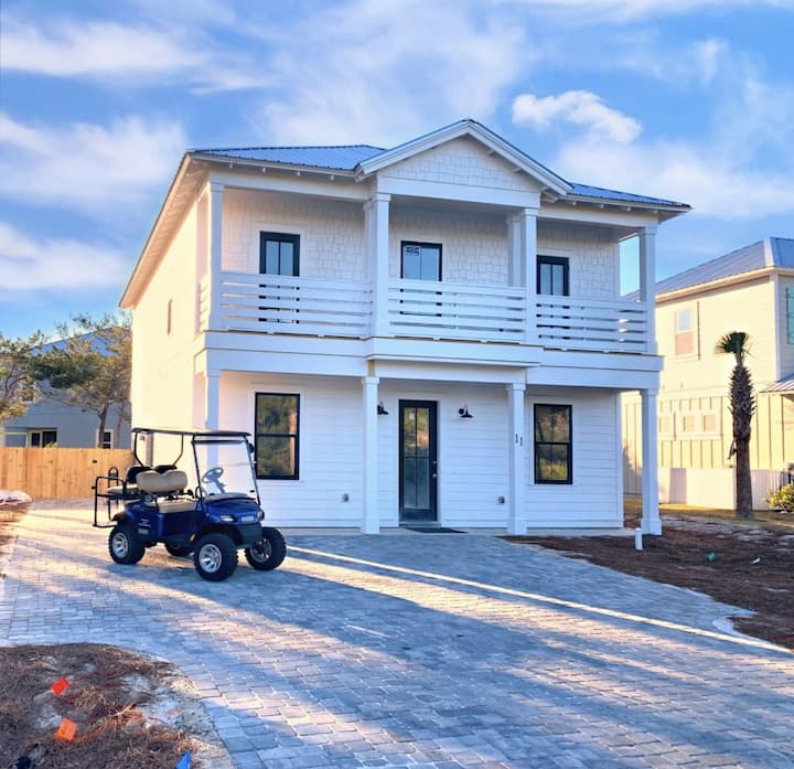 NEW HOME w Private Heated Pool, Private Beach Access, FREE Golf Cart and Paddleboard